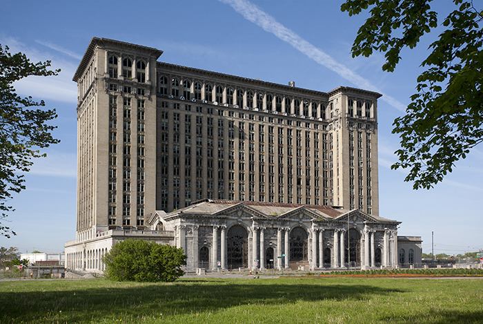 Michigan Central Station (Michigan Central Depot oder MCS). Foto: Wikimedia Commons/Albert Duce/CC BY-SA 3.0