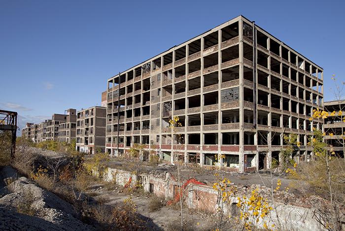 Ruinen des ehemaligen Packard-Werks. Foto: Wikimedia Commons/Albert duce/CC BY-SA 3.0