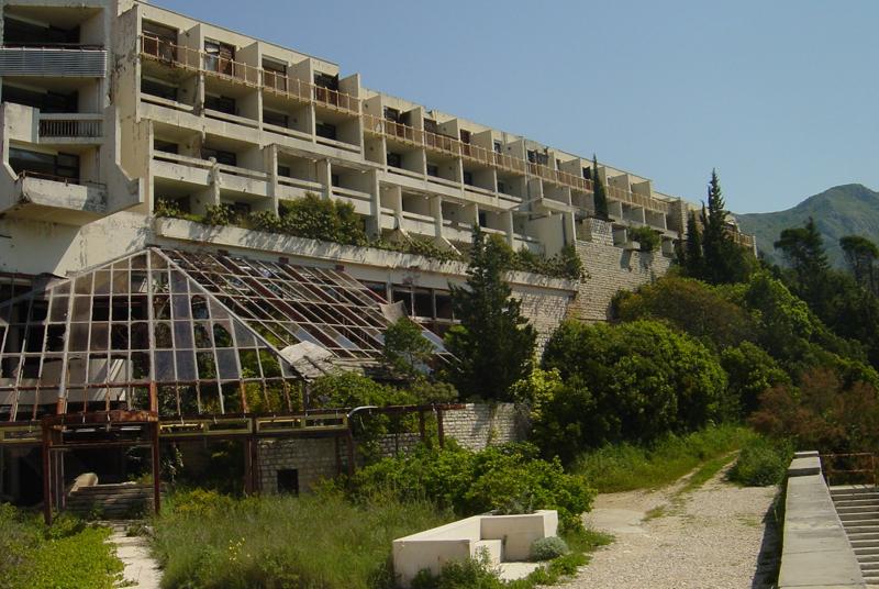 verlassene klinik berlin