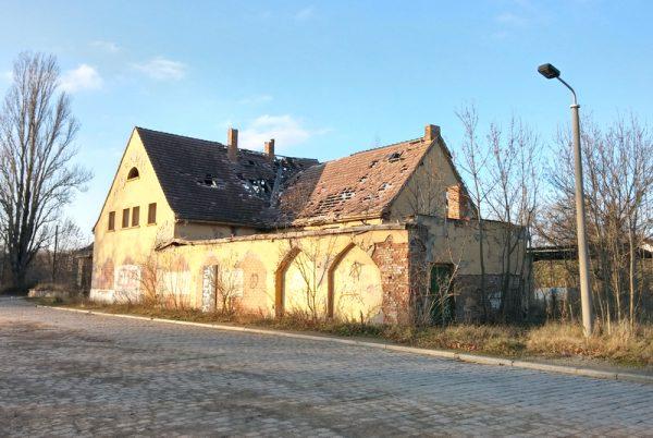 Bahnhof_Leuna1